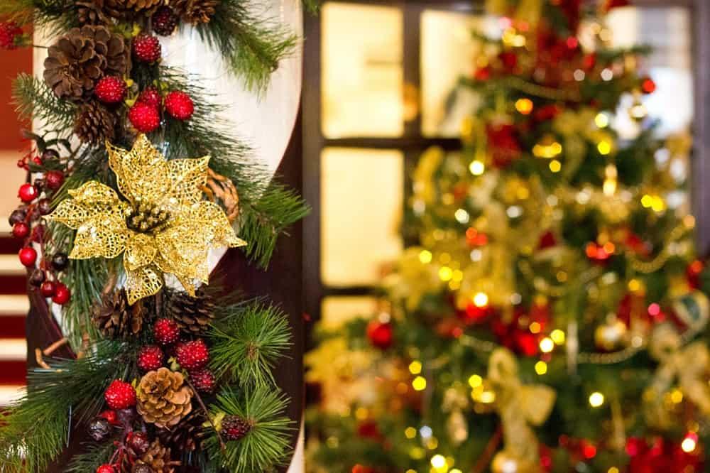 Two Bridges Hotel Christmas Decorations